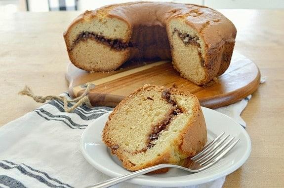 Easy Sour Cream Coffee Cake