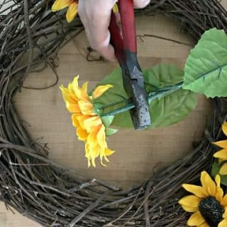 How to Make a Sunflower Wreath (in Under 30 Minutes)