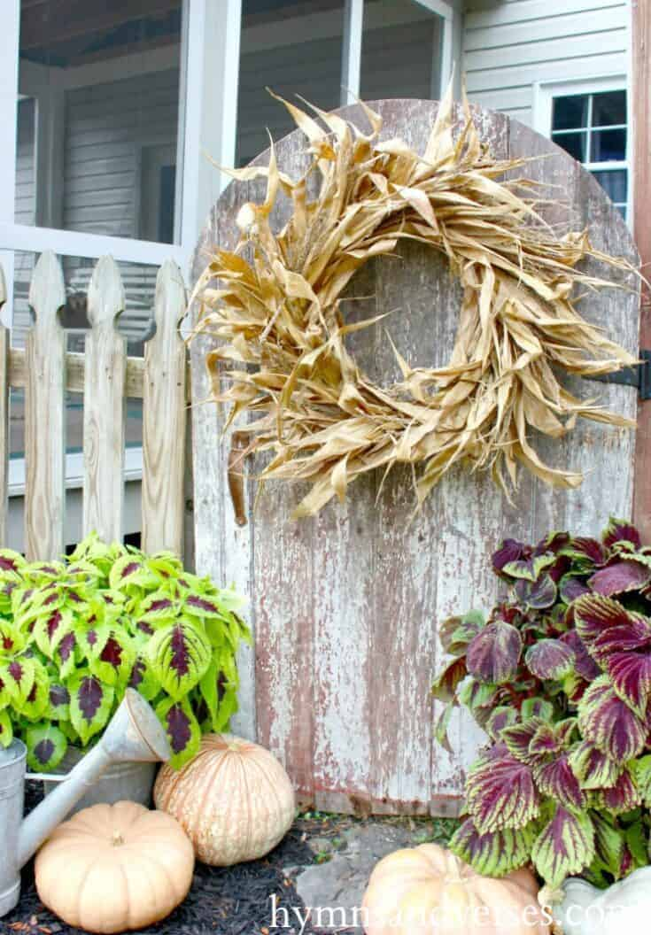 DIY Fall Corn Shock Wreath