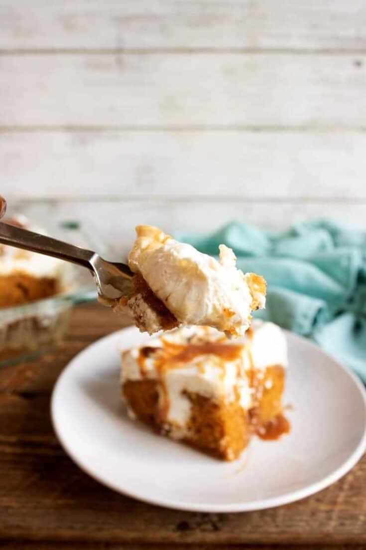 Pumpkin Poke Cake Recipe - Best Pumpkin Spice Dessert Recipe