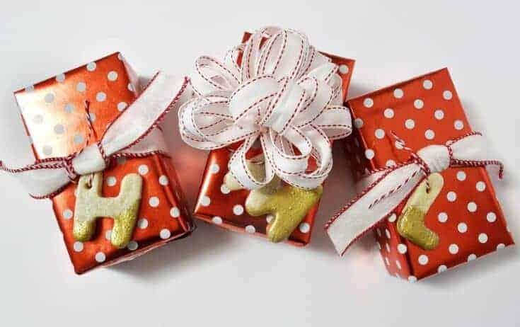 Salt Dough Ornaments {a tutorial}