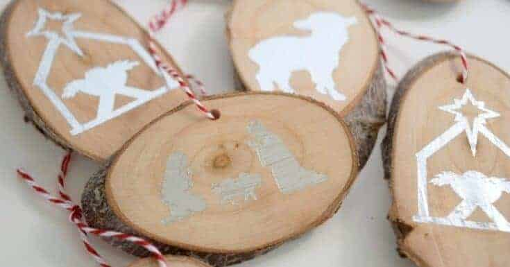 Wood Slice Nativity Ornaments {using temporary tattoo paper}