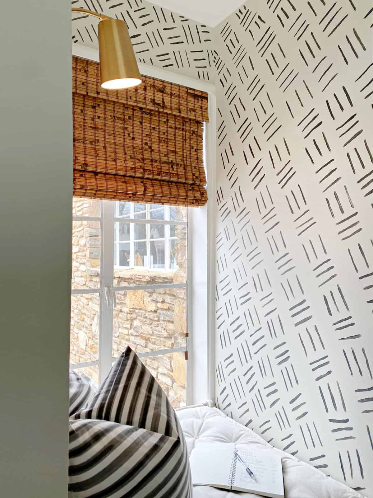 hand-painted accent walls in window nook