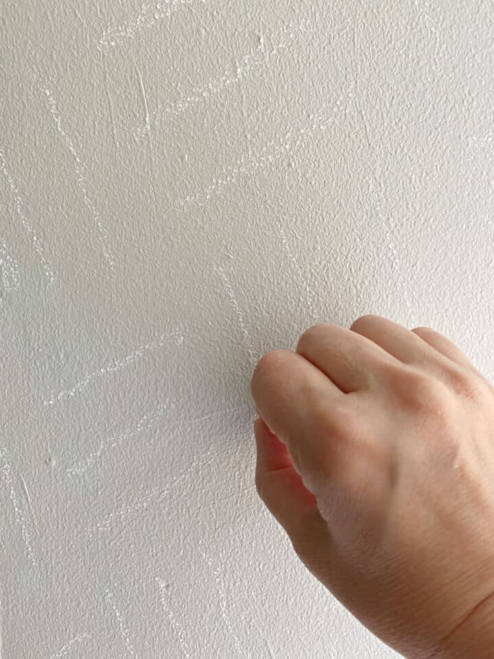 using chalk to create a DIY wall treatment