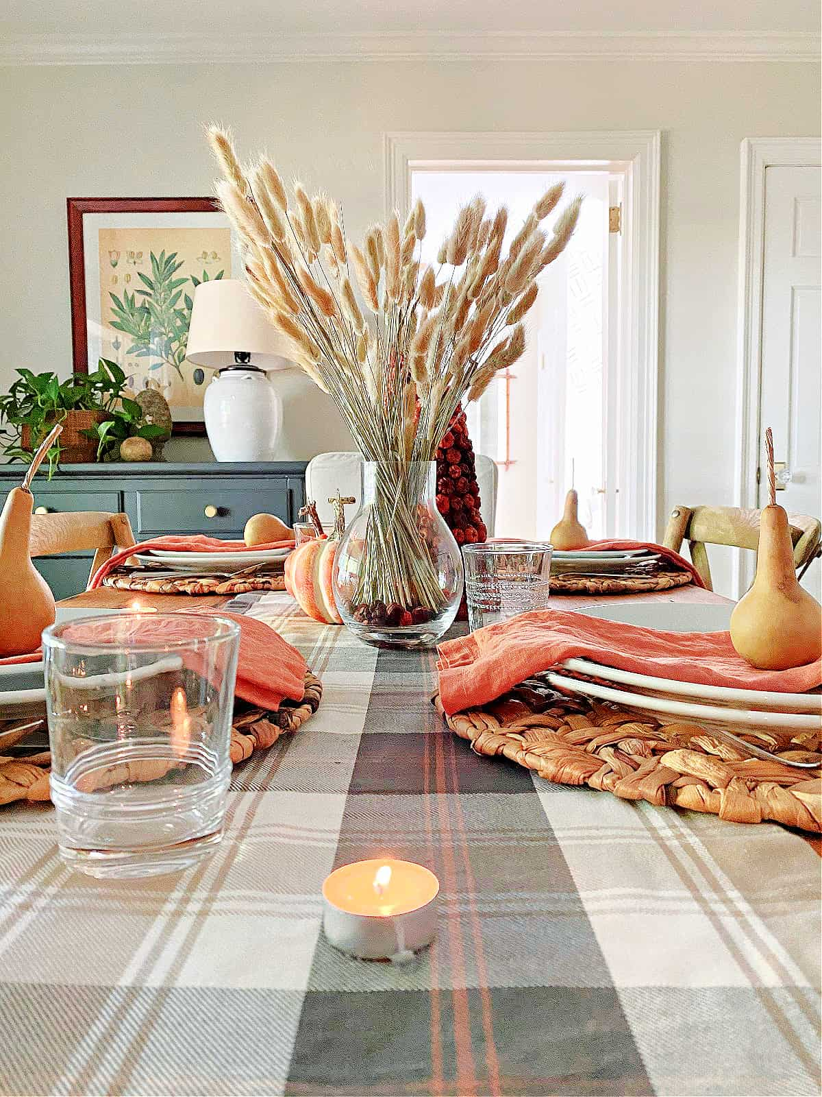 fall table setting and centerpiece